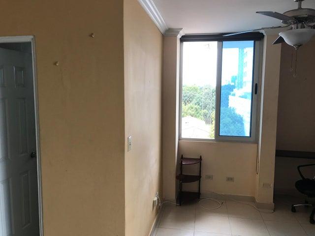 PANAMA VIP10, S.A. Apartamento en Venta en Parque Lefevre en Panama Código: 17-5912 No.2