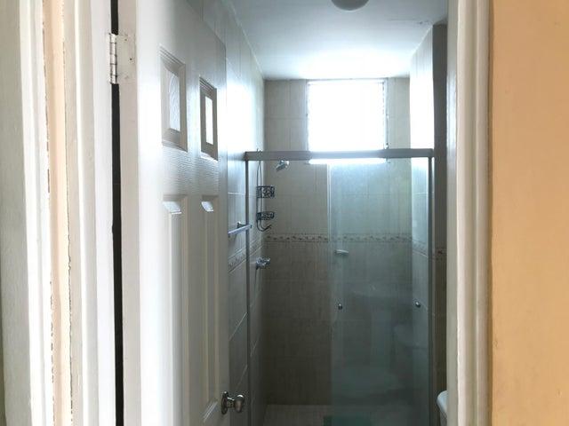 PANAMA VIP10, S.A. Apartamento en Venta en Parque Lefevre en Panama Código: 17-5912 No.5