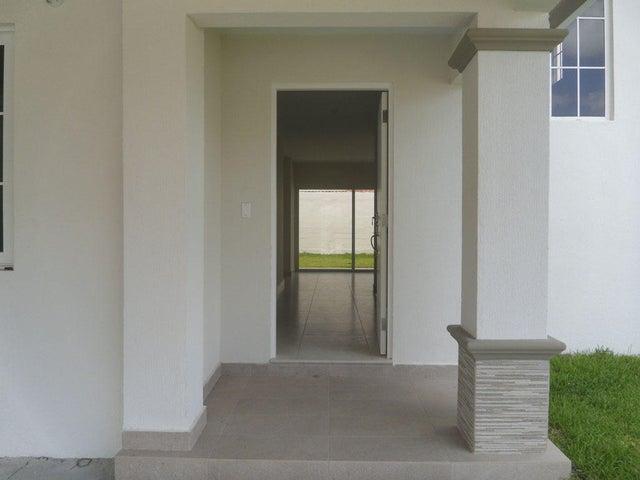 PANAMA VIP10, S.A. Casa en Venta en Versalles en Panama Código: 17-5937 No.2