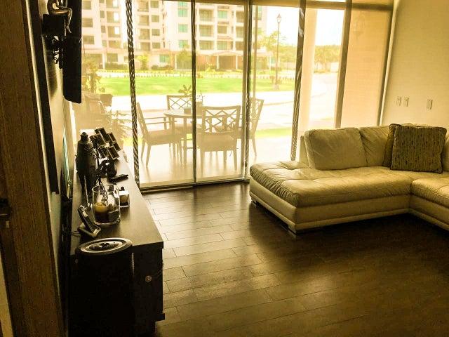 PANAMA VIP10, S.A. Apartamento en Alquiler en Costa Sur en Panama Código: 17-5949 No.2