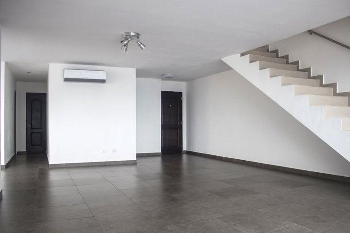 PANAMA VIP10, S.A. Apartamento en Alquiler en Obarrio en Panama Código: 17-4324 No.3