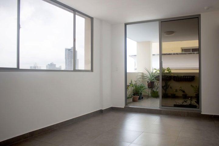 PANAMA VIP10, S.A. Apartamento en Alquiler en Obarrio en Panama Código: 17-4324 No.6