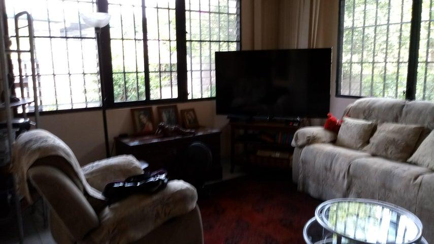 PANAMA VIP10, S.A. Casa en Venta en Betania en Panama Código: 17-5965 No.5
