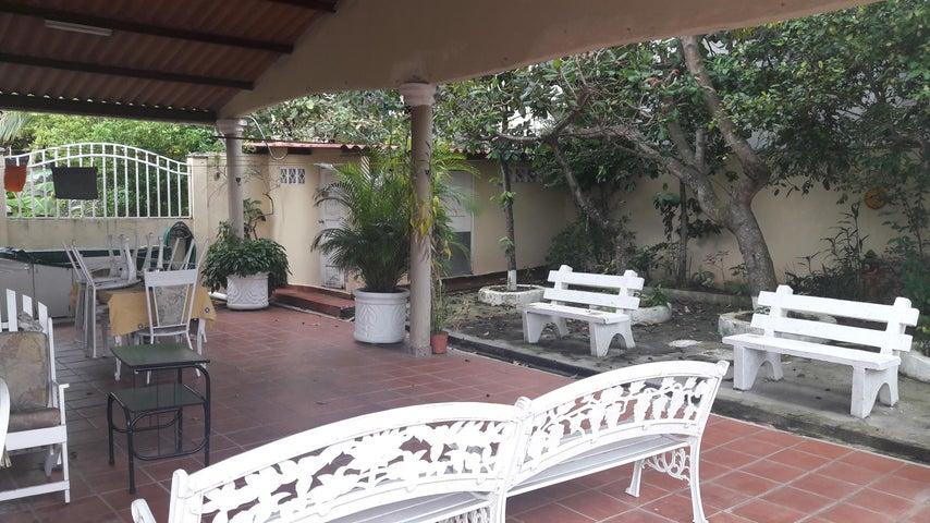 PANAMA VIP10, S.A. Casa en Venta en Brisas Del Golf en San Miguelito Código: 17-6000 No.6
