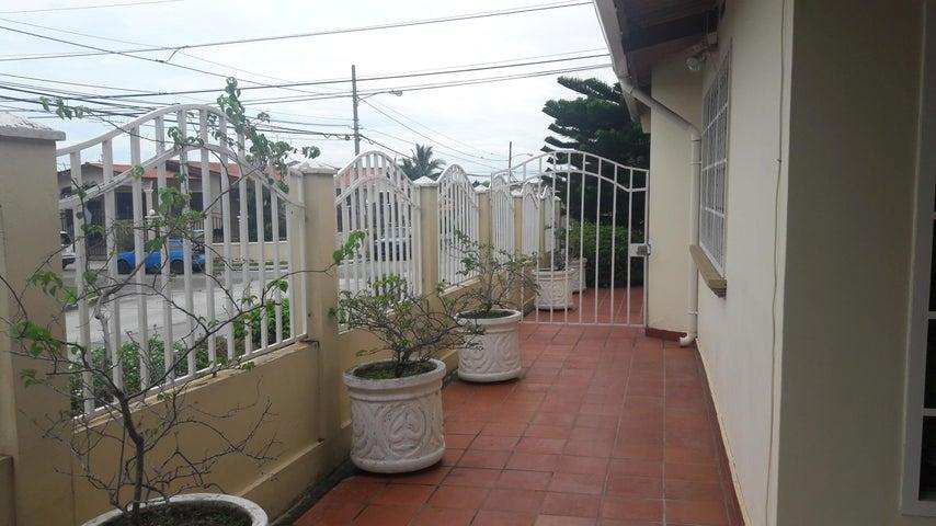 PANAMA VIP10, S.A. Casa en Venta en Brisas Del Golf en San Miguelito Código: 17-6000 No.7