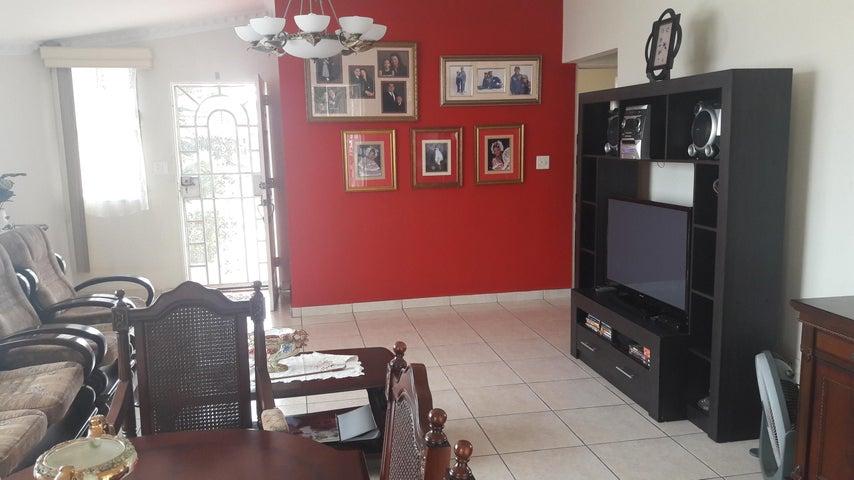 PANAMA VIP10, S.A. Casa en Venta en Brisas Del Golf en San Miguelito Código: 17-6000 No.2