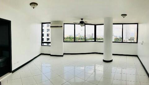 PANAMA VIP10, S.A. Apartamento en Venta en Coco del Mar en Panama Código: 17-6006 No.3