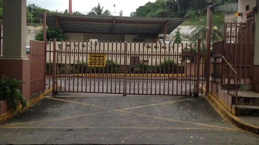 PANAMA VIP10, S.A. Apartamento en Alquiler en 12 de Octubre en Panama Código: 17-6017 No.1