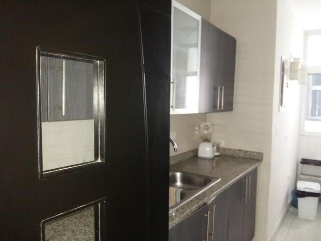 PANAMA VIP10, S.A. Apartamento en Alquiler en El Cangrejo en Panama Código: 17-6028 No.4