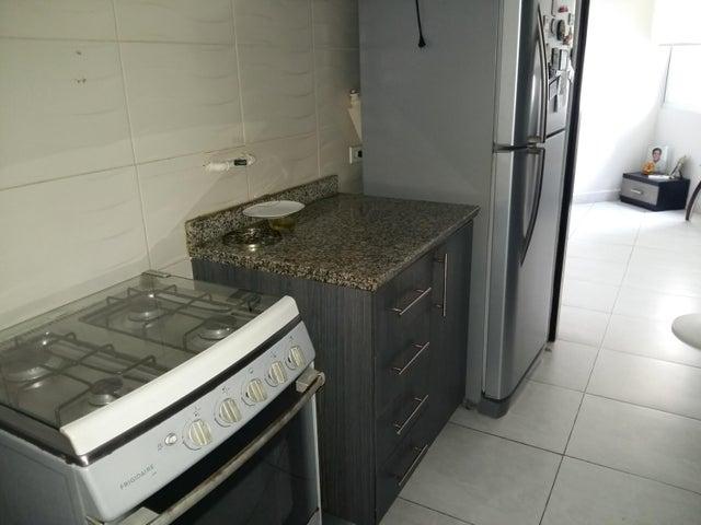 PANAMA VIP10, S.A. Apartamento en Alquiler en El Cangrejo en Panama Código: 17-6028 No.7