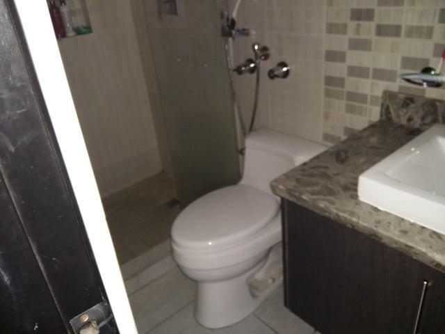 PANAMA VIP10, S.A. Apartamento en Alquiler en El Cangrejo en Panama Código: 17-6028 No.9