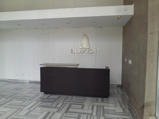PANAMA VIP10, S.A. Apartamento en Alquiler en El Cangrejo en Panama Código: 17-6028 No.1