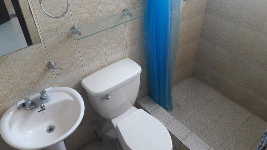 PANAMA VIP10, S.A. Apartamento en Alquiler en Via Espana en Panama Código: 17-6040 No.4