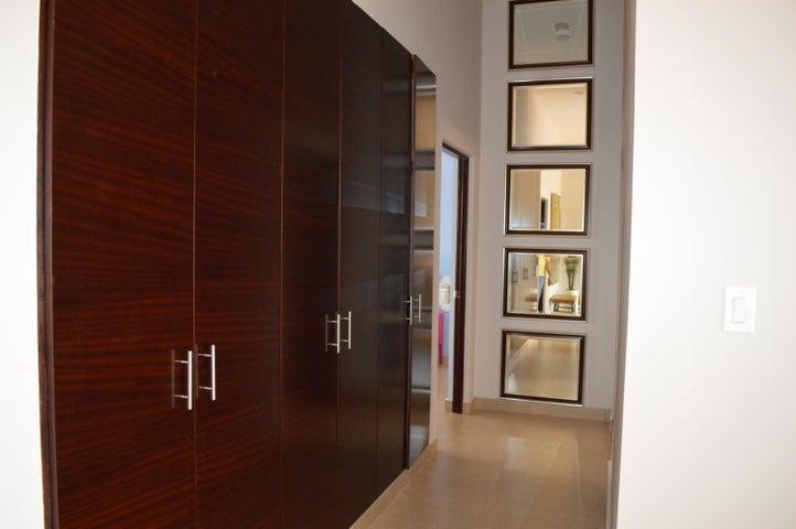 PANAMA VIP10, S.A. Casa en Alquiler en Brisas Del Golf en Panama Código: 17-6039 No.6