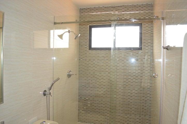 PANAMA VIP10, S.A. Casa en Alquiler en Brisas Del Golf en Panama Código: 17-6039 No.5