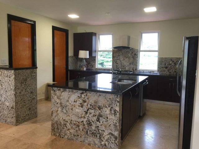 PANAMA VIP10, S.A. Apartamento en Alquiler en Jaramillo en Boquete Código: 17-5922 No.3
