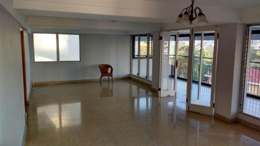 PANAMA VIP10, S.A. Apartamento en Venta en El Carmen en Panama Código: 17-6075 No.5