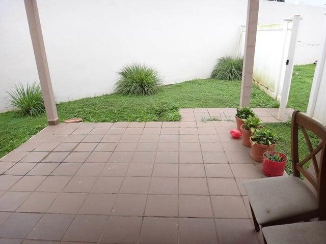 PANAMA VIP10, S.A. Casa en Alquiler en Brisas Del Golf en Panama Código: 17-6088 No.6