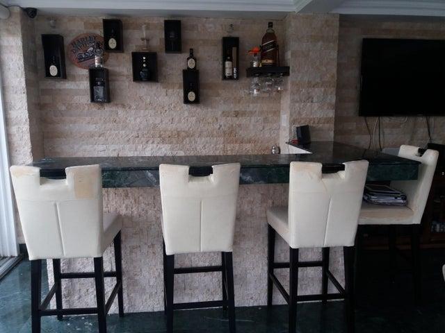 PANAMA VIP10, S.A. Casa en Venta en Brisas Del Golf en Panama Código: 17-6100 No.6