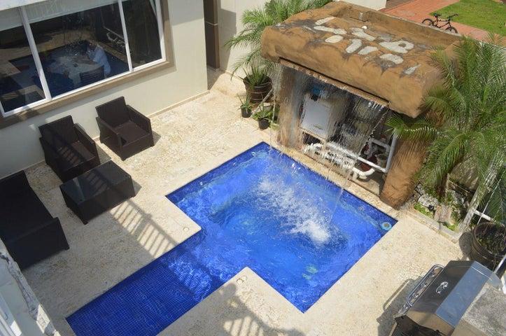 PANAMA VIP10, S.A. Casa en Venta en Brisas Del Golf en Panama Código: 17-6100 No.8