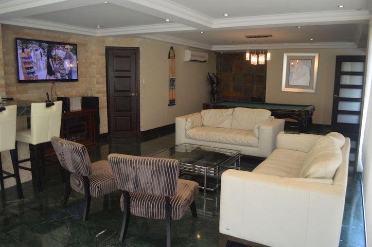 PANAMA VIP10, S.A. Casa en Venta en Brisas Del Golf en Panama Código: 17-6100 No.4
