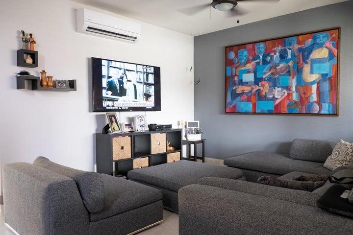 PANAMA VIP10, S.A. Casa en Venta en Versalles en Panama Código: 17-6101 No.6