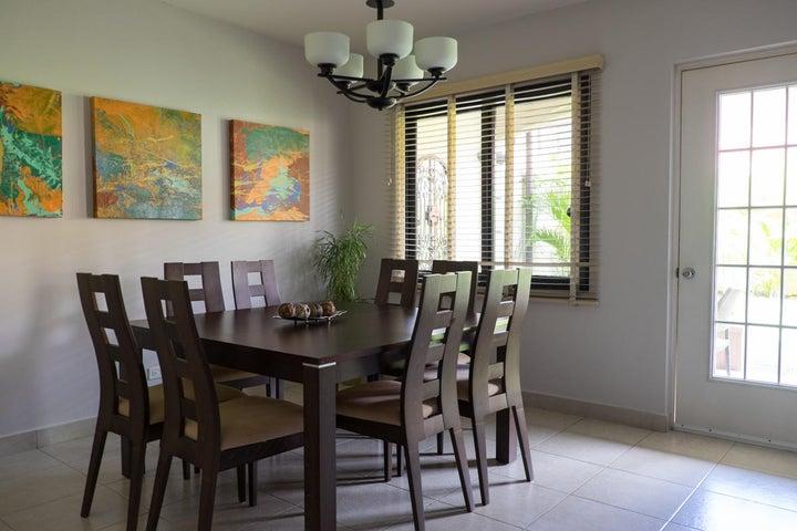 PANAMA VIP10, S.A. Casa en Venta en Versalles en Panama Código: 17-6101 No.9