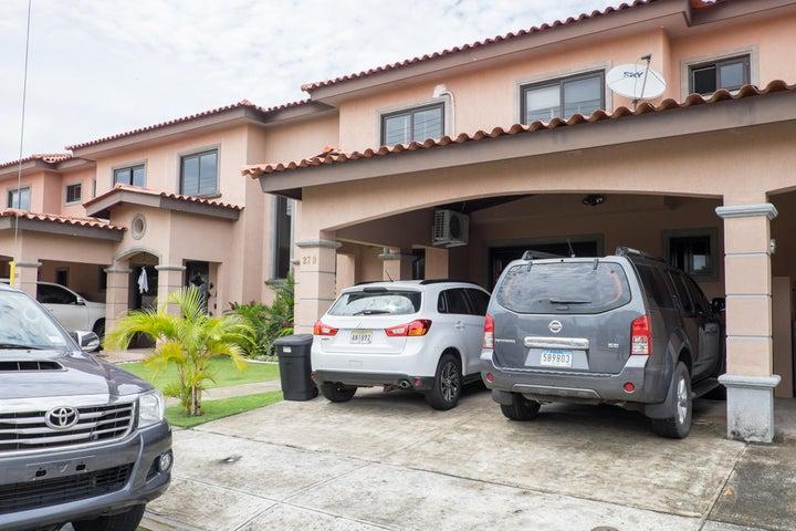PANAMA VIP10, S.A. Casa en Venta en Versalles en Panama Código: 17-6101 No.1