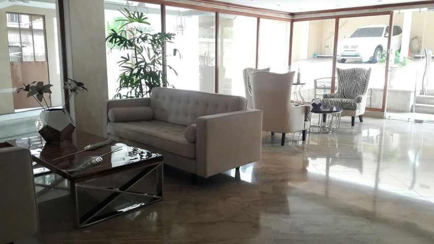 PANAMA VIP10, S.A. Apartamento en Alquiler en Paitilla en Panama Código: 17-6112 No.2