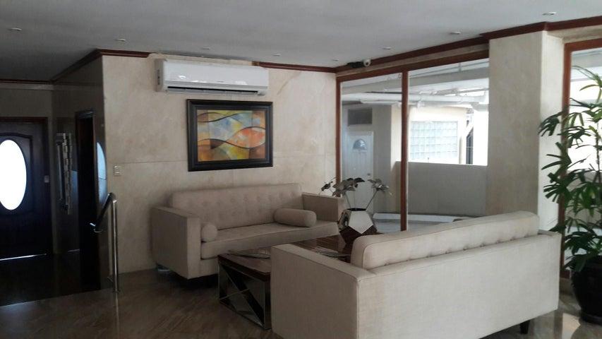 PANAMA VIP10, S.A. Apartamento en Alquiler en Paitilla en Panama Código: 17-6112 No.4