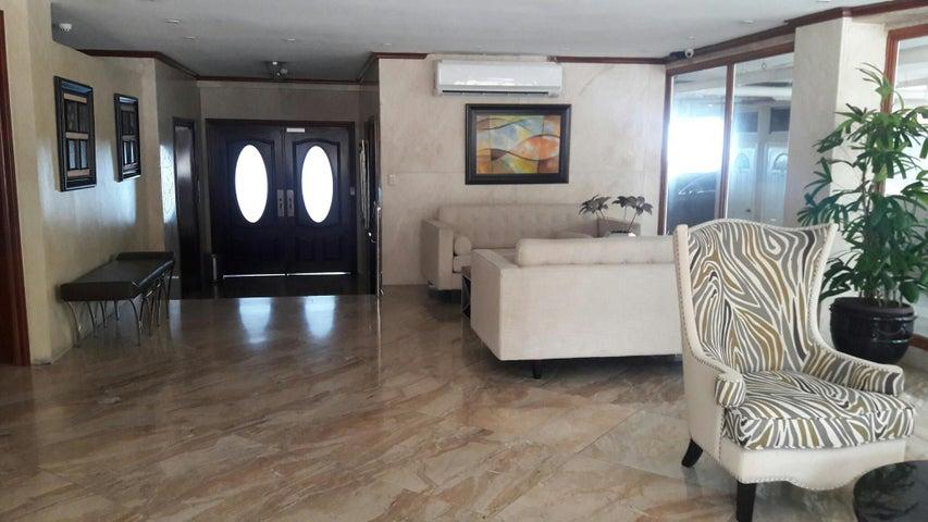 PANAMA VIP10, S.A. Apartamento en Alquiler en Paitilla en Panama Código: 17-6112 No.7