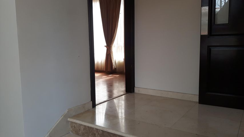 PANAMA VIP10, S.A. Casa en Venta en Altos de Panama en Panama Código: 17-6137 No.8
