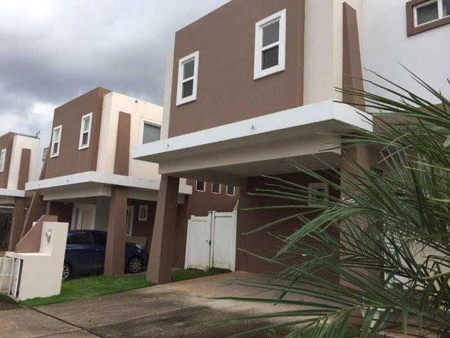 PANAMA VIP10, S.A. Casa en Alquiler en Brisas Del Golf en Panama Código: 17-6130 No.0
