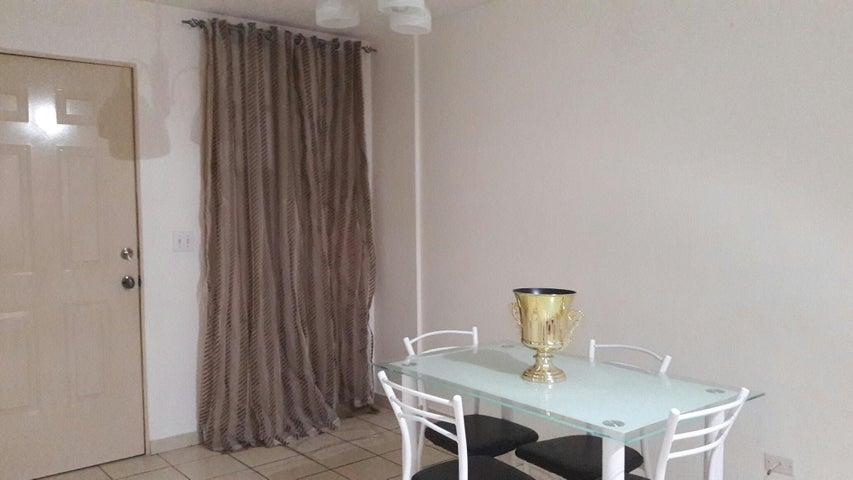 PANAMA VIP10, S.A. Apartamento en Alquiler en 12 de Octubre en Panama Código: 17-6017 No.3