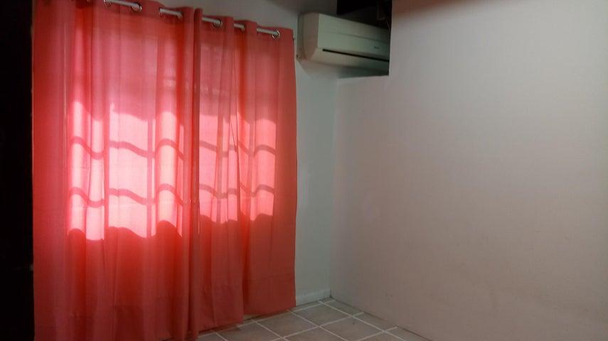PANAMA VIP10, S.A. Casa en Venta en Betania en Panama Código: 17-6151 No.2