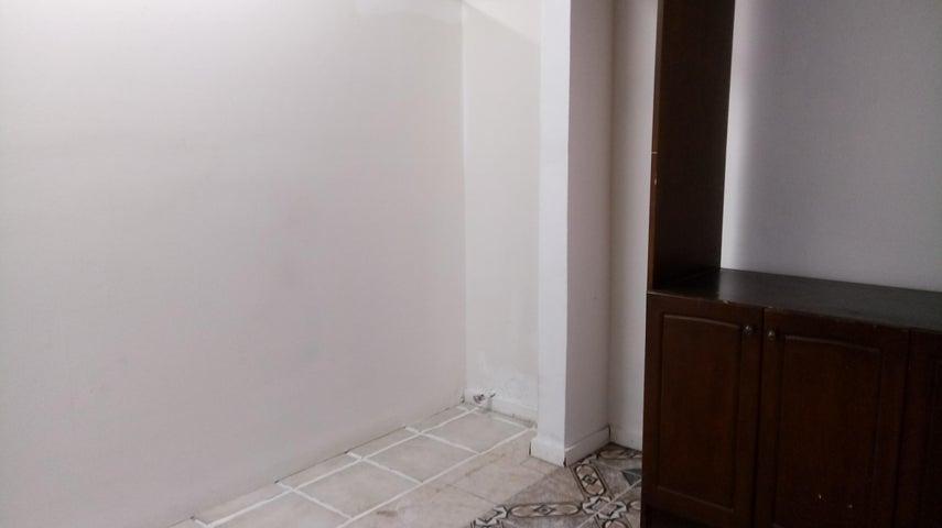 PANAMA VIP10, S.A. Casa en Venta en Betania en Panama Código: 17-6151 No.4