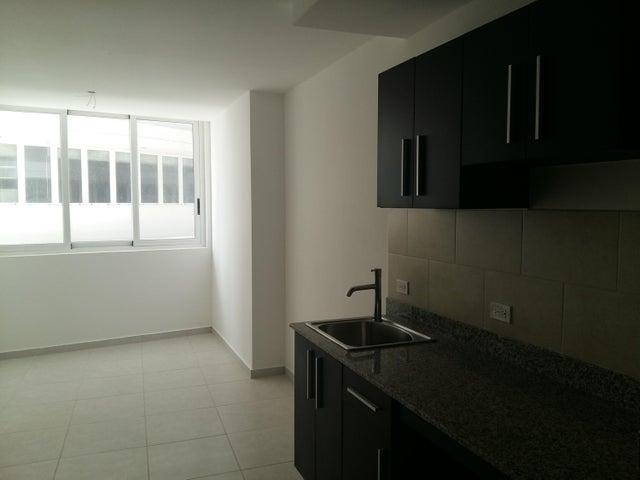 PANAMA VIP10, S.A. Apartamento en Venta en Calidonia en Panama Código: 17-6155 No.5