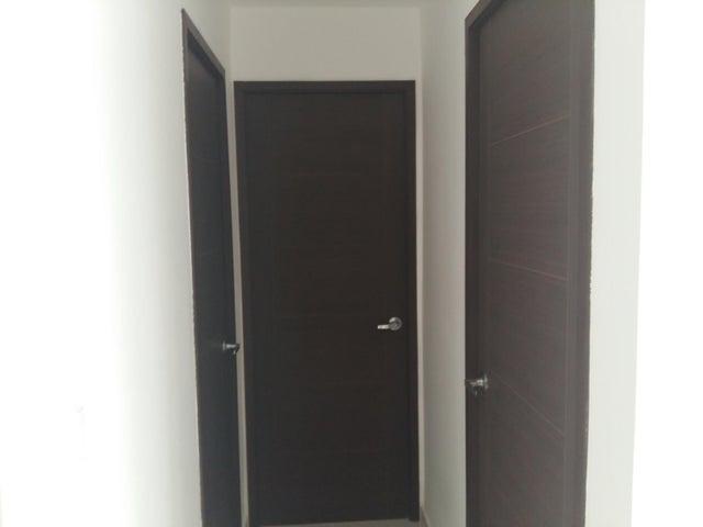 PANAMA VIP10, S.A. Apartamento en Venta en Calidonia en Panama Código: 17-6155 No.6