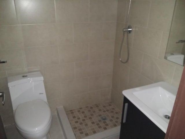 PANAMA VIP10, S.A. Apartamento en Venta en Calidonia en Panama Código: 17-6155 No.8