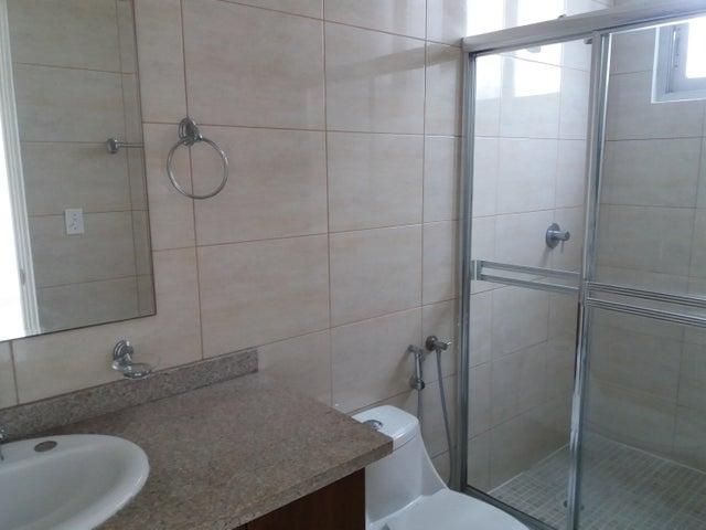 PANAMA VIP10, S.A. Apartamento en Alquiler en El Cangrejo en Panama Código: 17-6173 No.8