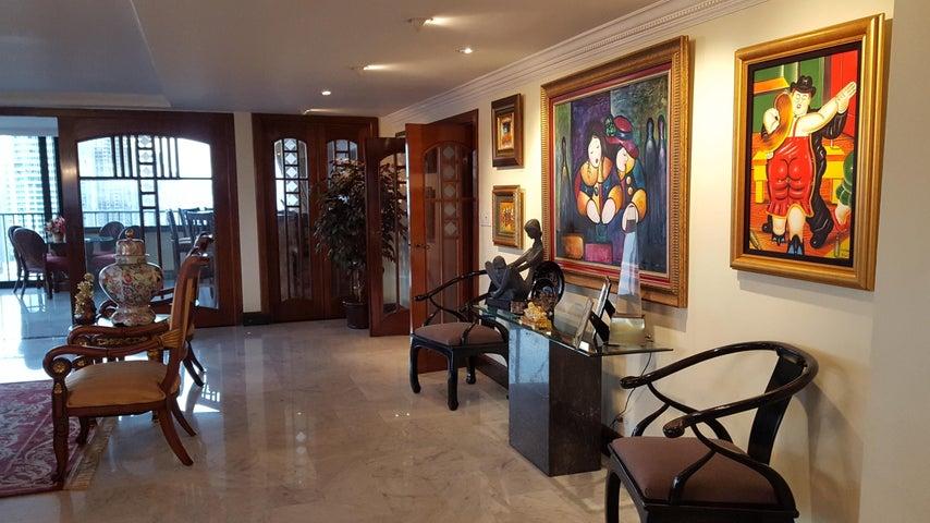 PANAMA VIP10, S.A. Apartamento en Venta en Bellavista en Panama Código: 17-6176 No.2