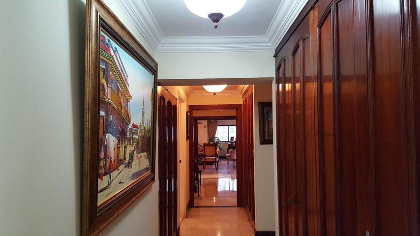 PANAMA VIP10, S.A. Apartamento en Venta en Bellavista en Panama Código: 17-6176 No.9