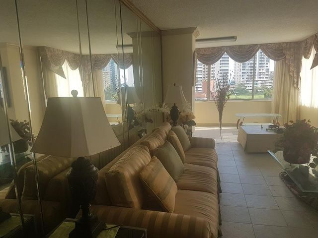 PANAMA VIP10, S.A. Apartamento en Alquiler en Paitilla en Panama Código: 17-6192 No.3