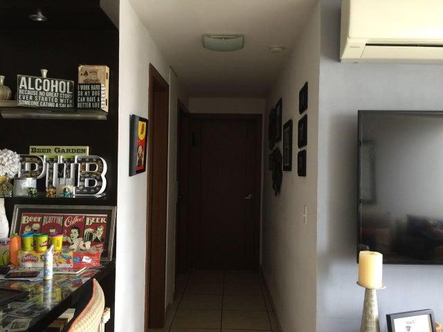 PANAMA VIP10, S.A. Apartamento en Venta en 12 de Octubre en Panama Código: 17-6203 No.2