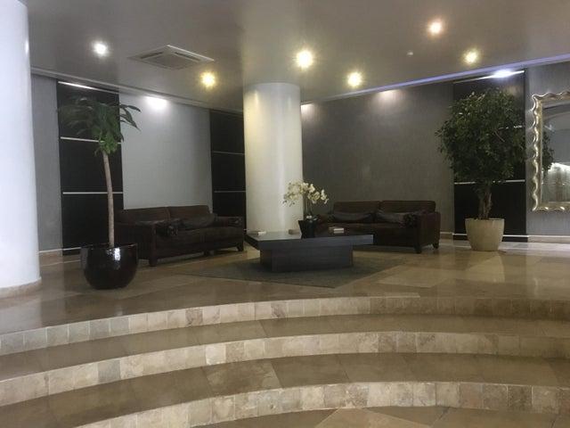 PANAMA VIP10, S.A. Apartamento en Alquiler en Avenida Balboa en Panama Código: 17-6220 No.1