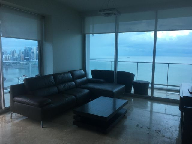PANAMA VIP10, S.A. Apartamento en Alquiler en Avenida Balboa en Panama Código: 17-6220 No.3