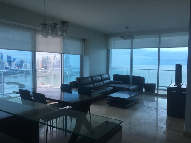 PANAMA VIP10, S.A. Apartamento en Alquiler en Avenida Balboa en Panama Código: 17-6220 No.4