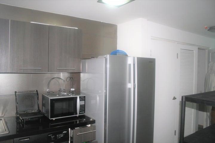 PANAMA VIP10, S.A. Apartamento en Alquiler en Avenida Balboa en Panama Código: 17-6226 No.5