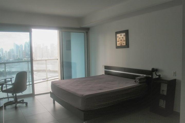 PANAMA VIP10, S.A. Apartamento en Alquiler en Avenida Balboa en Panama Código: 17-6226 No.7
