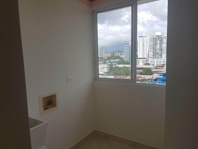 PANAMA VIP10, S.A. Apartamento en Alquiler en 12 de Octubre en Panama Código: 17-6243 No.7